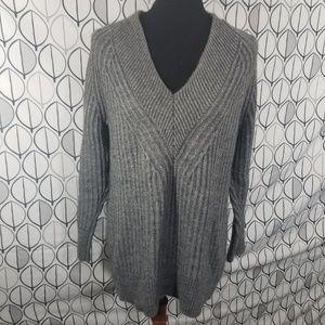 Banana Republic Gray V-neck Textured Sweater Tunic